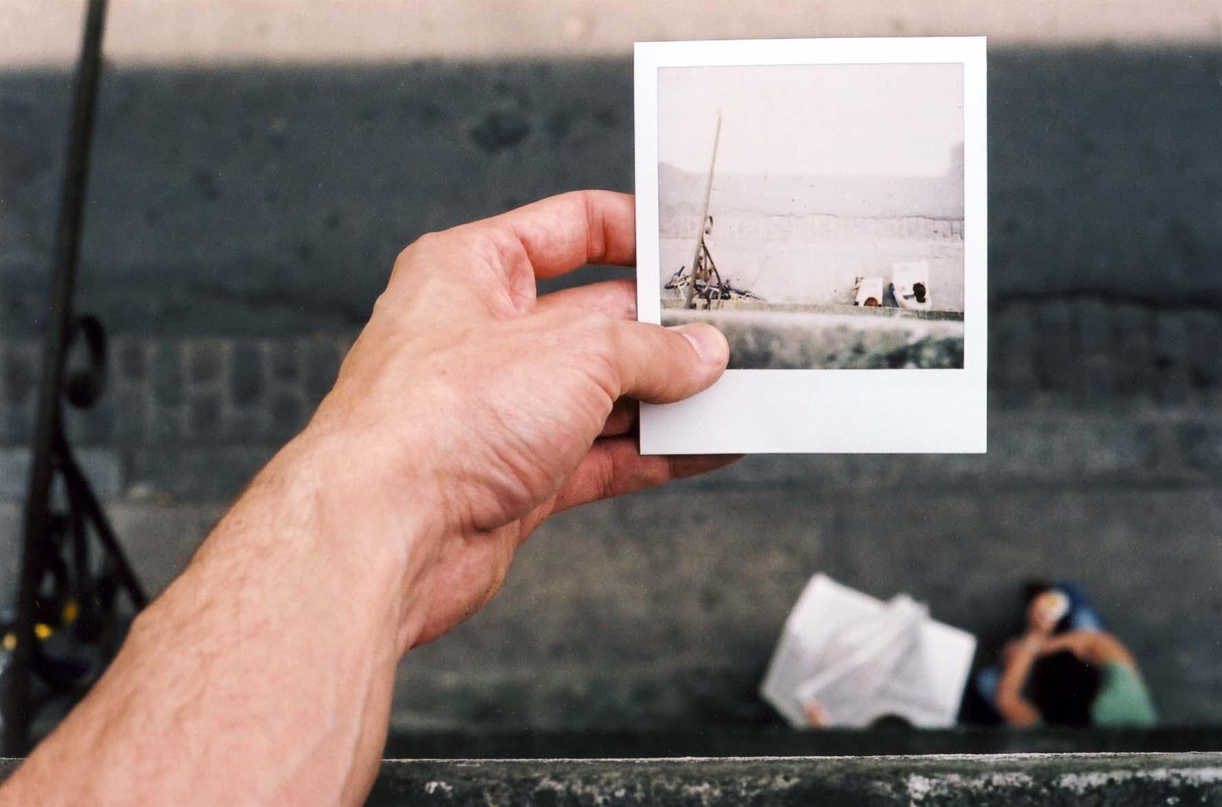 Fotografia natychmiastowa – magia ekspresowego zatrzymania chwili